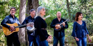 Smith Sisters Bluegrass Band Image Press